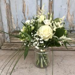 Bouquet rond blanc et son vase